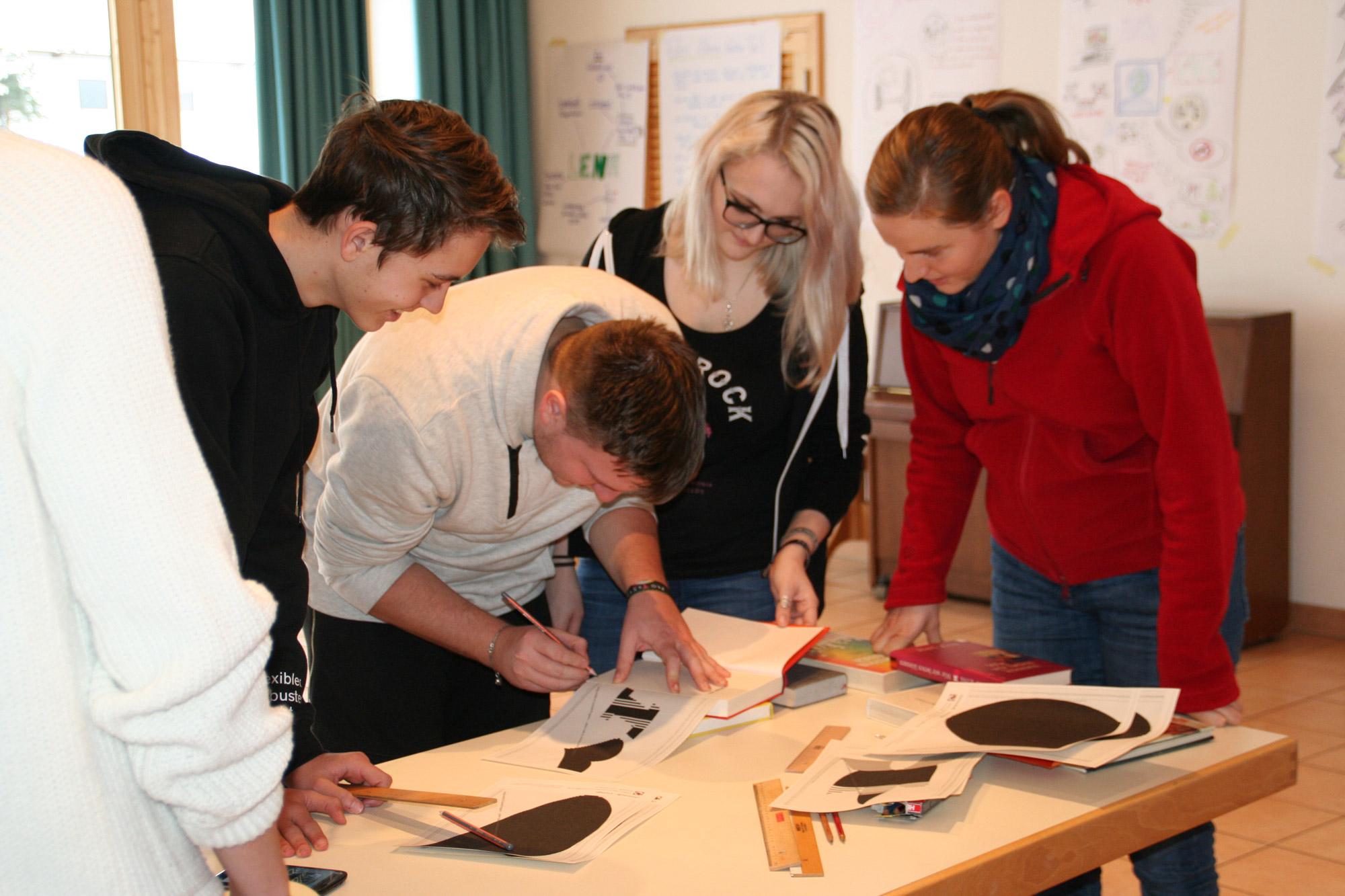 Tagung des Leitenden Kreises in Siegsdorf: Upcycling-Projekt